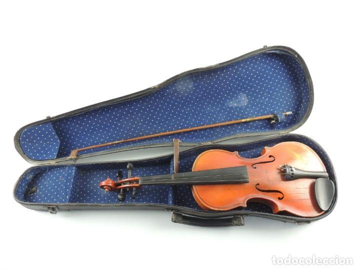ANTIGUO INSTRUMENTO MUSICAL VIOLÍN CON ARCO Y ESTUCHE ORIGINAL VINTAGE (Música - Instrumentos Musicales - Cuerda Antiguos)