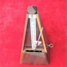 Instrumentos musicales: MAGNÍFICO METRÓNOMO MAELZEL 1815-1846 MADE IN FRANCE MARCADO PAQUET, NUMERADO FUNCIONANDO. Lote 204254490