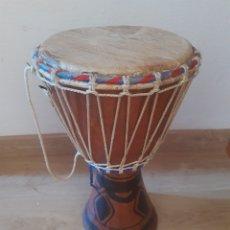 Instrumentos musicales: TAMBOR AFRICANO. 42 CM DE ALTO. TALLA DE MADERA. Lote 205001617