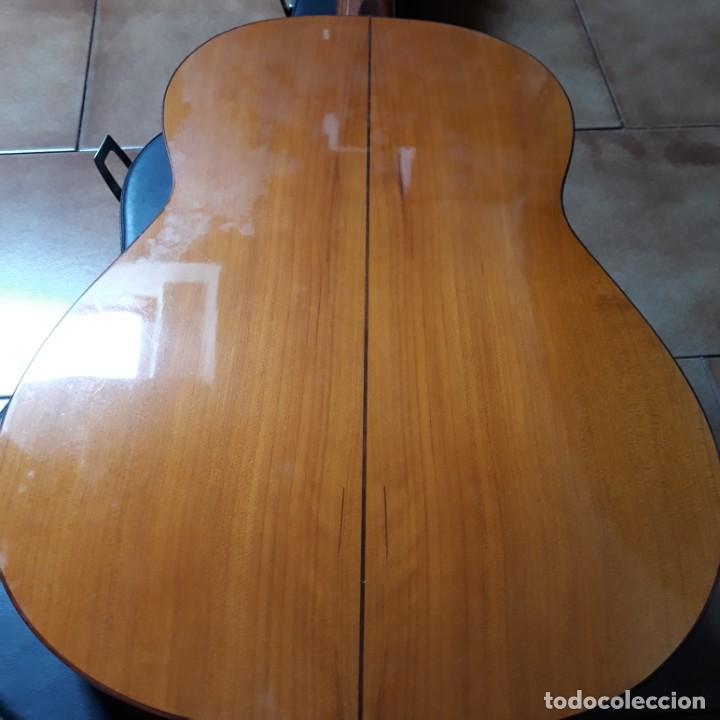 Instrumentos musicales: Guitarra española Hijos de Pedro Maldonado, de 1979 - Foto 3 - 39894029