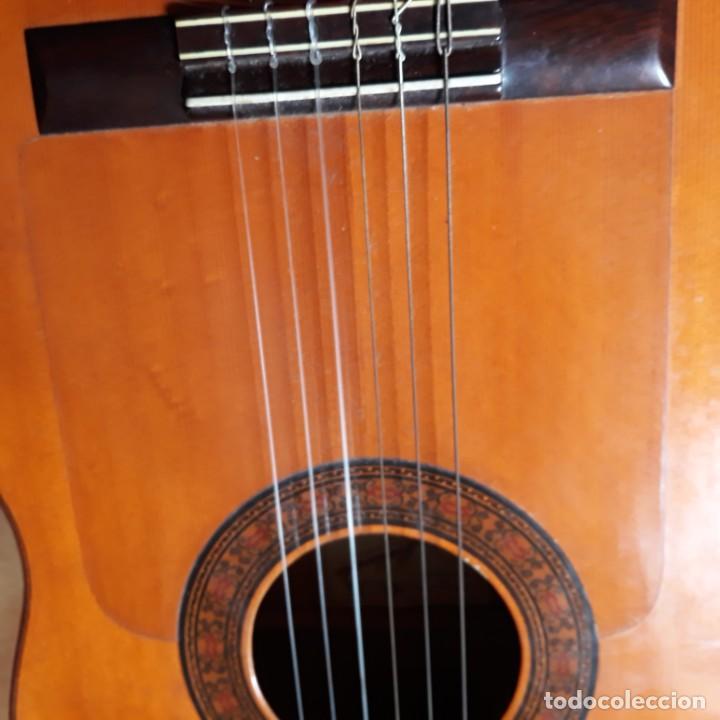 Instrumentos musicales: Guitarra española Hijos de Pedro Maldonado, de 1979 - Foto 7 - 39894029