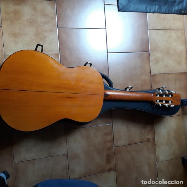 Instrumentos musicales: Guitarra española Hijos de Pedro Maldonado, de 1979 - Foto 10 - 39894029