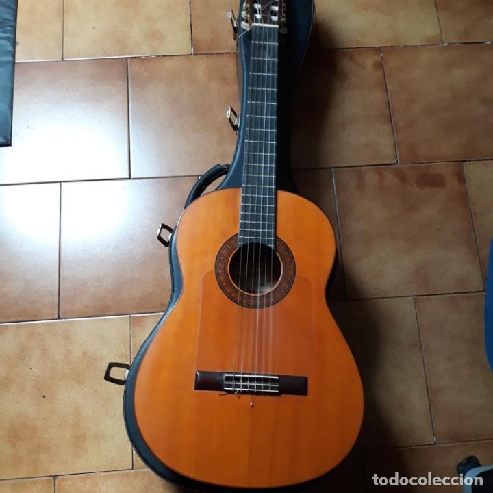 Instrumentos musicales: Guitarra española Hijos de Pedro Maldonado, de 1979 - Foto 17 - 39894029