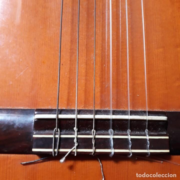 Instrumentos musicales: Guitarra española Hijos de Pedro Maldonado, de 1979 - Foto 19 - 39894029