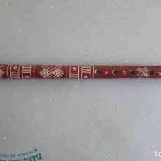 Instrumentos musicales: FLAUTA PASTORIL DE MADERA, DECORACIÓN INCISA, ORIGEN GRIEGO O BALCÁNICO (APROX. 1980). Lote 205048048