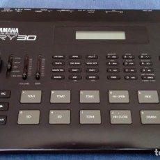 Instrumentos musicales: YAMAHA RY30 DRUM MACHINE. CAJA DE RITMOS. Lote 205096728