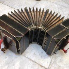 Instrumentos musicales: ACORDEÓN SIGLO XIX. Lote 205364465