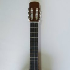 Instrumentos musicales: ANTIGUA GUITARRA ESPAÑOLA, TALLERES MIGUEL PEÑA. 25 FEBRERO 1975.. Lote 205372083