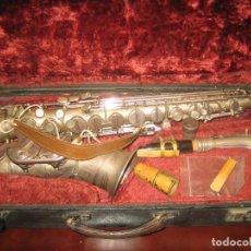 Instrumentos musicales: SAXOFON TONE KING USA AÑOS 50-60? BUEN ESTADO -COMPLETO - VER FOTOS - INCLUYE LA CAJA. Lote 205579526