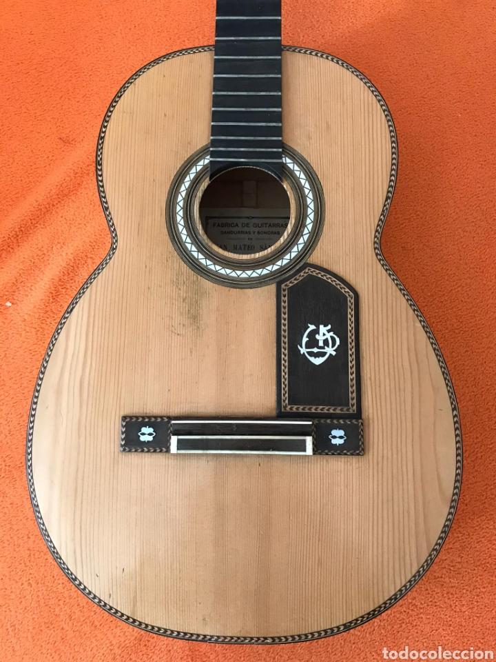Instrumentos musicales: Guítarra juan Mateo old guitar - Foto 2 - 205879437