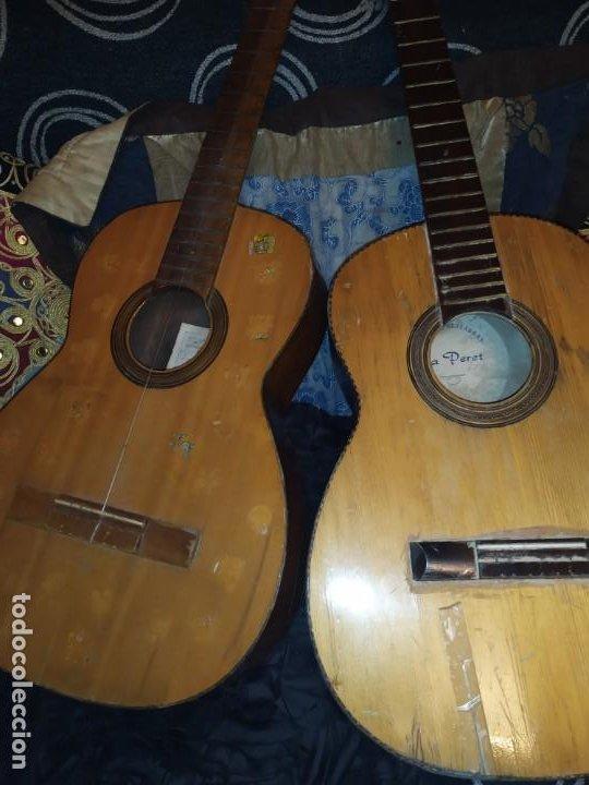 LOTE DOS ANTIGUAS GUITARRAS RESTAURAR MARCA ROCA ( VALENCIA) Y LA PERET ESPAÑA ÚNICA? (Música - Instrumentos Musicales - Guitarras Antiguas)