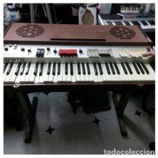 Instrumentos musicales: TECLADO ELGAM 610 R.. MUY RARO..MADE IN ITALY. 1955 VINTAGE. 95 X 53 CM. MESA /SOPORTE ORIGINAL. Lote 207969456
