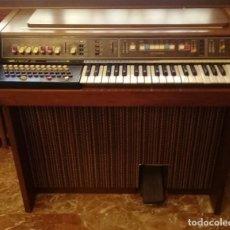 Instrumentos Musicais: VINTAGE ORGANO HAMMOND THE SOUNDER III AÑOS 1970. Lote 208165206