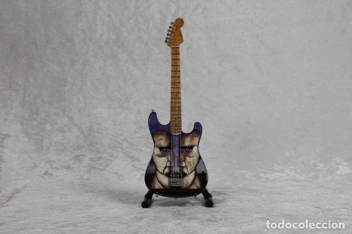 MINI GUITARRA DE PINK FLOYD (Música - Instrumentos Musicales - Guitarras Antiguas)