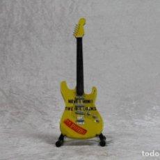Instrumentos musicales: MINI GUITARRA DE SEX PISTOLS. Lote 255932050