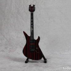 Instrumentos musicales: MINI GUITARRA DE ROCK PSICODELICO 3. Lote 245117450