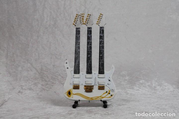 MINI GUITARRA DE STEVE VAI (Música - Instrumentos Musicales - Guitarras Antiguas)