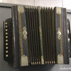 Instrumentos musicales: ACORDEON DE MADERA 1920. Lote 208853197