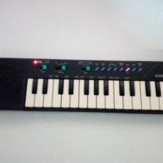 Instrumentos Musicais: ANTIGUO TECLADO CASIO, PT-10. EN NEGRO. FUNCIONA. Lote 209161997