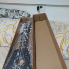 Instruments Musicaux: INSTRUMENTO MUSICAL UKELELE GUITARRA NUEVO A ESTRENAR VER FOTOS. Lote 209255465