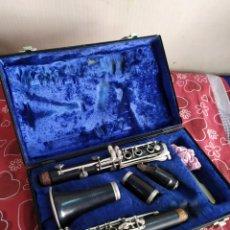 Instruments Musicaux: ANTIGUO CLARINETE EN MALETÍN. Lote 209389408