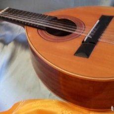 Instrumentos musicales: BANDURRIA CLÁSICA ESPAÑOLA. AÑOS 60. MAGNÍFICO INSTRUMENTO.. Lote 209561186