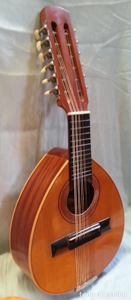 Instrumentos musicales: Bandurria clásica española. Años 60. Magnífico instrumento. - Foto 2 - 209561186