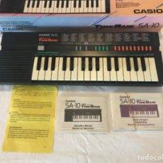 Instrumentos Musicais: PIANO ELECTRICO CASIO SA-10 TONE BANK, FUNCIONANDO. Lote 209951575
