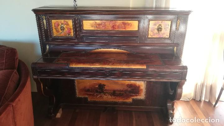 PIANO PARED ERARD EPOCA NAPOLEON III MEDALLA HONOR EXPOSICION PARIS (Música - Instrumentos Musicales - Pianos Antiguos)