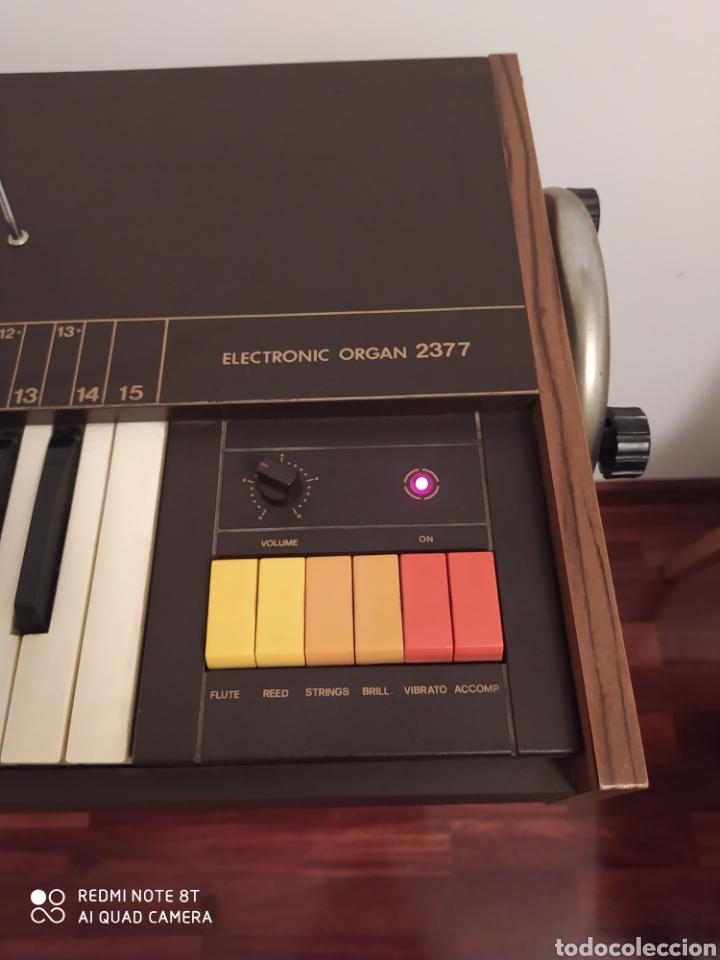 Instrumentos musicales: Órgano eléctrico 2377 Antonelli Studio. - Foto 5 - 210350483