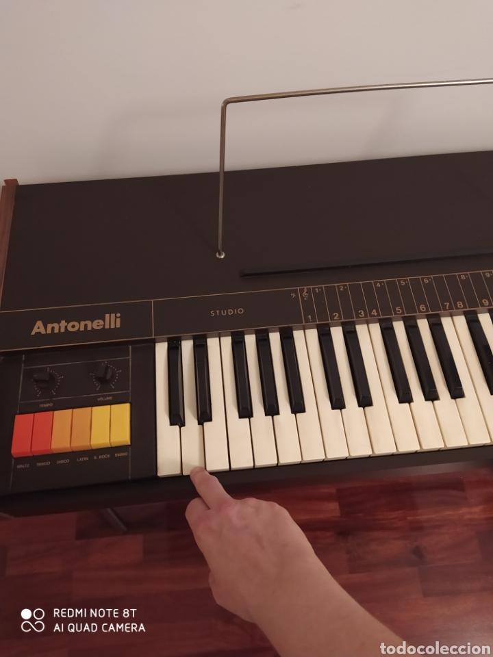 Instrumentos musicales: Órgano eléctrico 2377 Antonelli Studio. - Foto 7 - 210350483