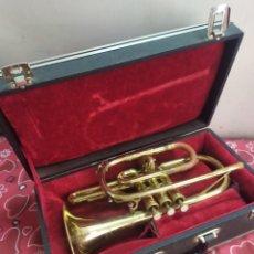 Instrumentos musicales: MAGNIFICA TROMPETA ANTIGUA DETALLES EN NÁCAR EN MALETÍN. Lote 210398231