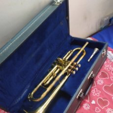 Instrumentos musicales: ESPECTACULAR TROMPETA ANTIGUA EN MALETÍN. Lote 210398245
