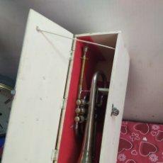 Instrumentos musicales: ESPECTACULAR TROMPETA ANTIGUA EN MALETÍN SIGLO XIX. Lote 210398383