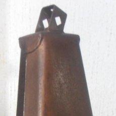 Instrumentos musicales: CENCERRO DE PERCUSIÓN, KAMAN,. Lote 210489211