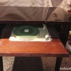 Instrumentos musicales: MESA TOCADISCOS VINTAGE. Lote 210635485