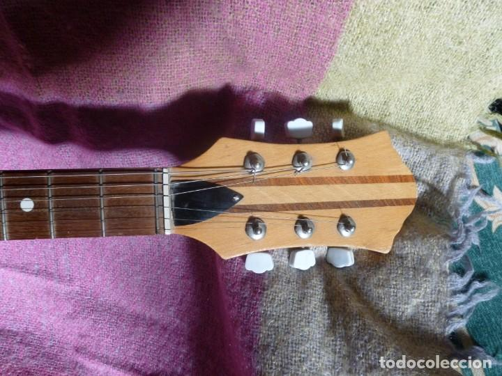 Instrumentos musicales: Guitarra jazz eléctrica Defil - Foto 6 - 210640584