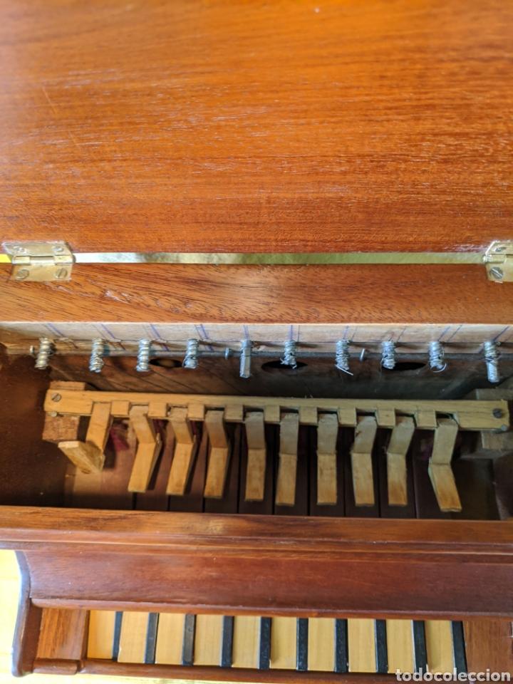 Instrumentos musicales: Piano pequeño - Foto 3 - 210656619
