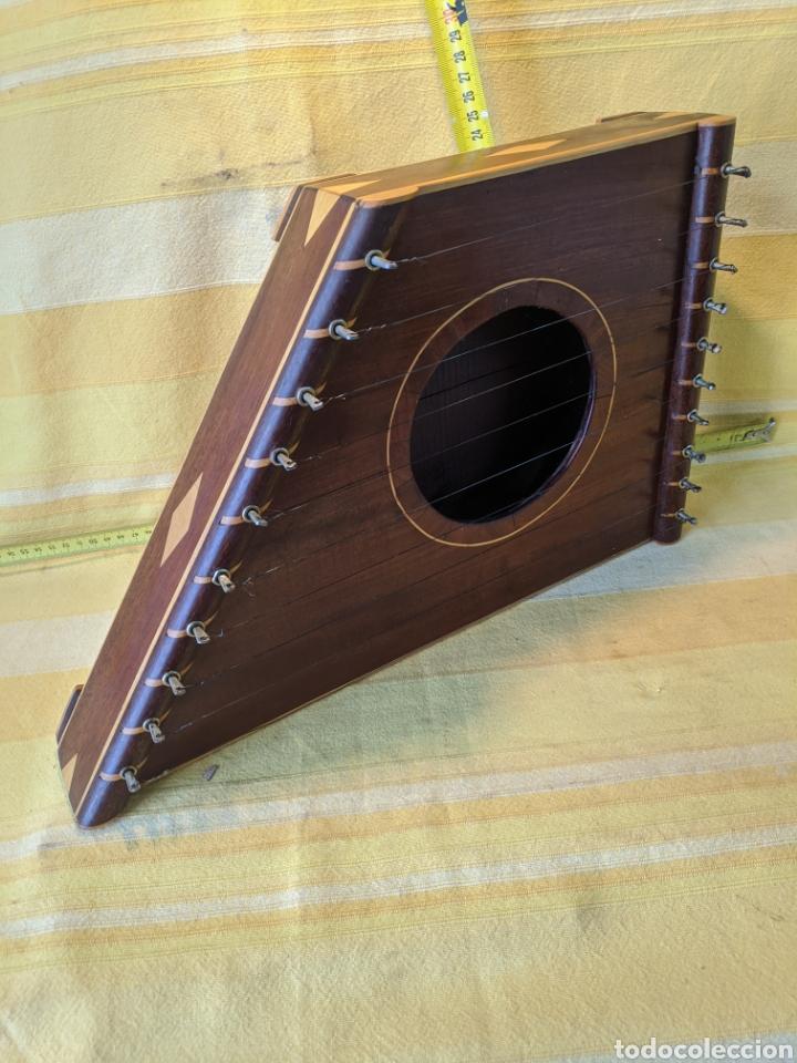 Instrumentos musicales: Caja arpa de caoba - Foto 2 - 210659451
