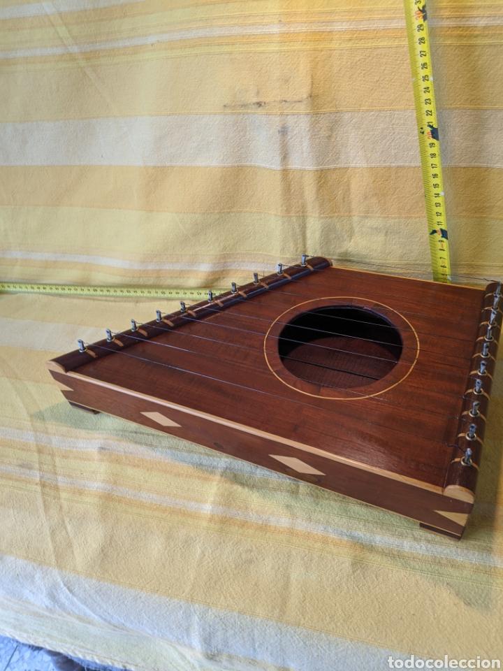 Instrumentos musicales: Caja arpa de caoba - Foto 4 - 210659451