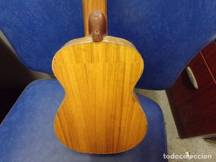 Instrumentos musicales: guitarra española pequeña - Foto 5 - 210818871