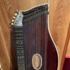 Instrumentos musicales: CÍTARA - HANS BRUNNER - NURNBERG-A. Lote 210949365