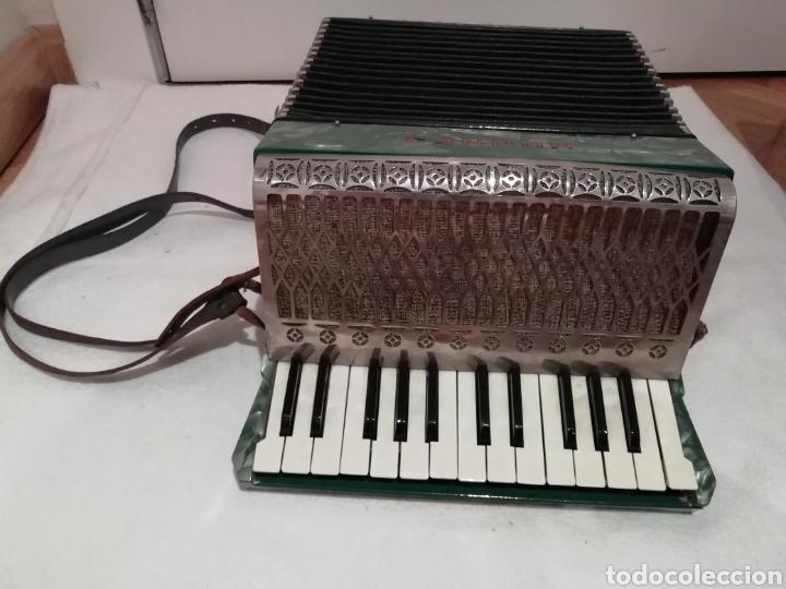 ACORDEÓN HOHNER IMPERIAL II (Música - Instrumentos Musicales - Viento Madera)