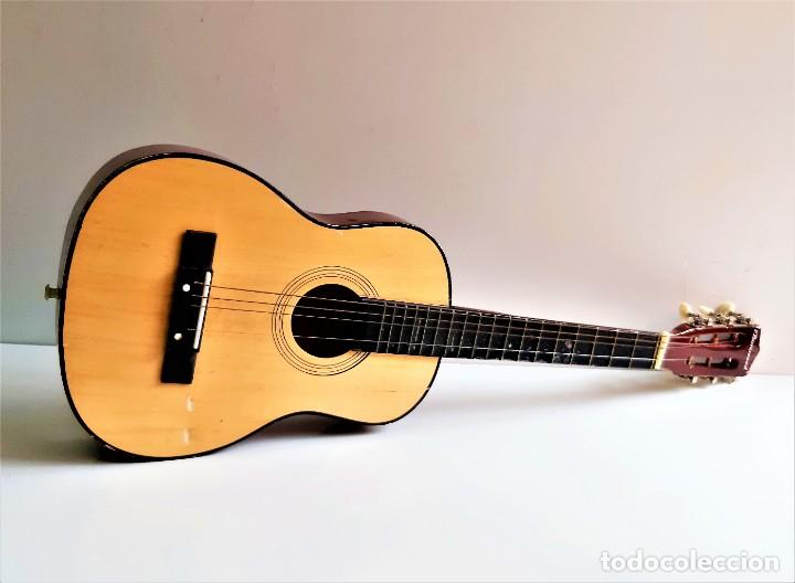 GUITARRA - 77.CM LARGO (Música - Instrumentos Musicales - Guitarras Antiguas)