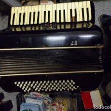 Instrumentos musicales: ACORDEÓN SETTIMIO SOPRANI. Lote 213110338
