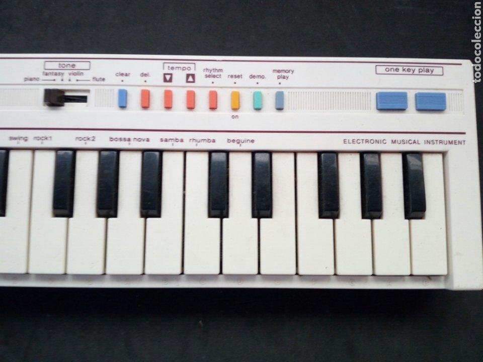 Instrumentos musicales: ANTIGUO TECLADO CASIO. PT-1. FUNCIONANDO PERFECTAMENTE - Foto 4 - 213623931