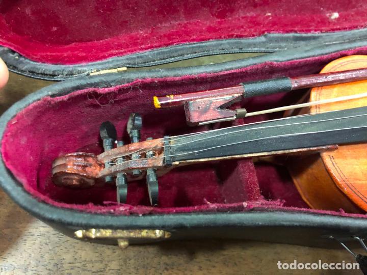 Instrumentos musicales: INSTRUMENTO CONTRABAJO O VIOLIN EN MINIATURA CON ESTUCHE Y CAJA MUSICA - MEDIDA 26 CM - Foto 2 - 213644205