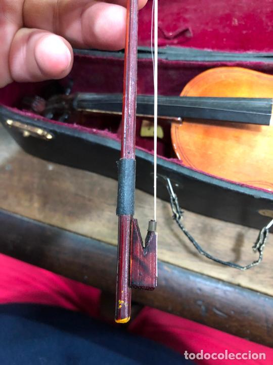 Instrumentos musicales: INSTRUMENTO CONTRABAJO O VIOLIN EN MINIATURA CON ESTUCHE Y CAJA MUSICA - MEDIDA 26 CM - Foto 12 - 213644205