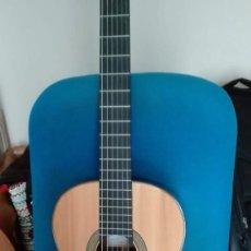 Instrumentos musicales: GUITARRA CLÁSICA DE PINO Y PALO SANTO.. Lote 214374918