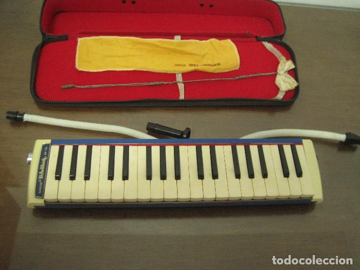 SAMICK MELODIHORN M36 CON ESTUCHE (Música - Instrumentos Musicales - Teclados Eléctricos y Digitales)